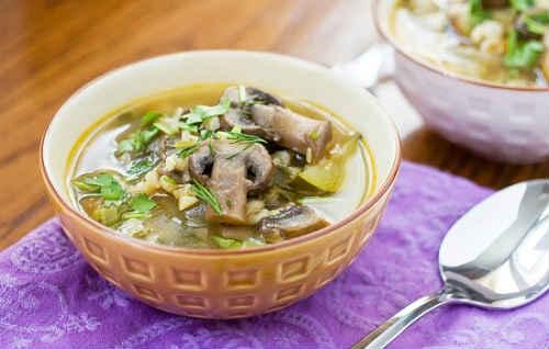 zupa z pieczarkami i jęczmieniem