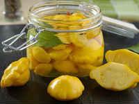 Dynia marynowana na zimę - przepisy z cukinią, ogórkami, sałatką
