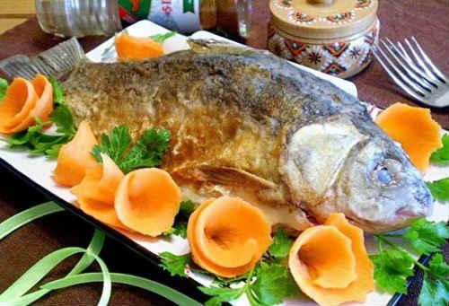 cała smażona ryba