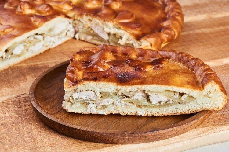 Ciasto Z Kurczakiem i Cebulą - przepisy kulinarne